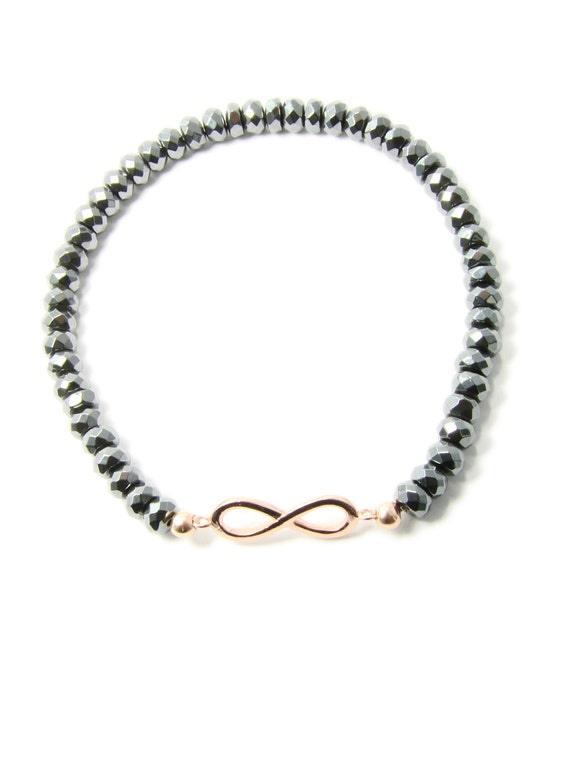 hematite infinity charm bracelet by martinuzziacce