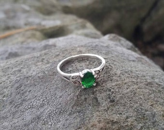 Green Fashion Ring