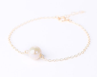 White Freshwater Pearl Gold Bracelet - Pearl Bridesmaid Jewelry - Freshwater Pearl - Single Pearl Bracelet - Delicate - Bridesmaid Gift