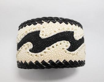 Black Stingray Wave Leather Cuff Bangle,White Leather Cuff,Men Leather Bracelet,Cuff Bracelet,Men Cuff.Leather Cuff,Wave,Black & White Cuff