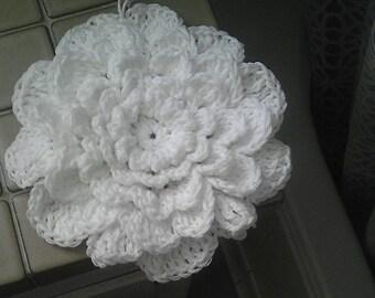 Crochet Flower Wall Art / Hanging wall decor / Simple boho decor
