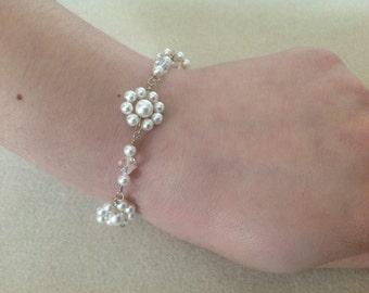 Ellie floral bridal bracelet