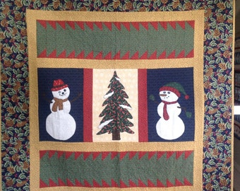 Snowman and tree quilt