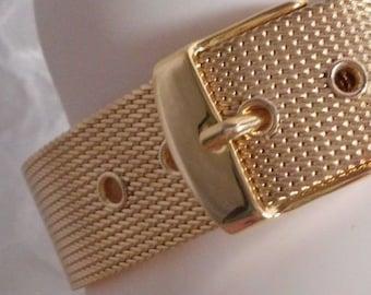 VINTAGE GOLD TONE mesh belt bracelet adjustable with buckle closure