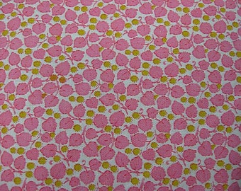 "Vintage 1940's Cotton Quilt Fabric Bubblegum Pink & Green Tiny Leaf 38"" X 1+Yrds"
