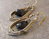 Jet Black Swarovski Earringns, Antique Gold Drop Earrings, Crystal Drop Earings, Art Deco Drop Earrings, Black Jewelry,