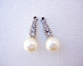Beautiful Pair of Vintage Rhinestone and Faux Pearl Charm Drops Jewelry Components