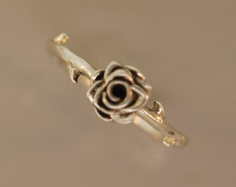 Thorned Rose Ring
