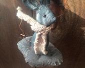 Primitive Mouse on a Cookie Ornament