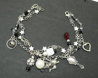 CLEARANCE 40% OFF - Twinkly Stars Shine Bright Kawaii Silver Charm Bracelet