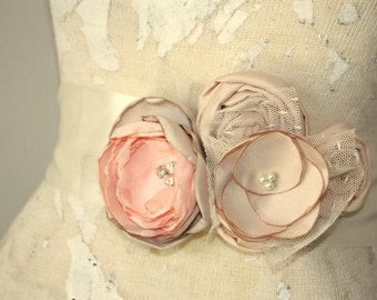 Dress sash, Champagne, taupe and peach bridal sash, Taupe fabric flower wedding dress sash