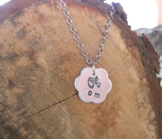 Om Flower Necklace-Yoga Necklace-Vegan-Meditation Necklace-Gift-Birthday-Anniversary-Yoga Teacher Training Gift-Personalized-Eco Friendly