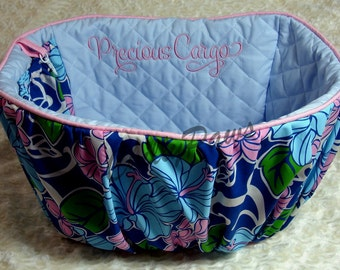 Hibiscus Print - Bicycle Basket Liner for - Dogs - Pets -  Includes Embroidered Personalization - Basic Model