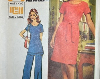 Vintage Sewing Pattern  Simplicity 5556 Misses'  Jiffy Knits Dress Size 12 Bust 34 Inches  Complete