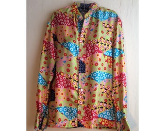 MEN's 1970s Bright and Colorful Novelty Patchwork Print Vintage Nehru Collar Button-Down Silk Shirt