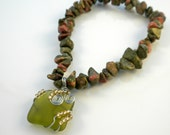 Holiday Sale, Handmade Genuine Natural Unakite Gemstone Chip Stretch Bracelet with Wire Wrapped Green Tumbled Sea Glass Charm
