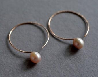 Rose gold earrings, lavender pearl earrings, hammered hoop earrings, pink pearl earrings, bridal earrings, made in hawaii