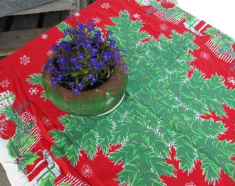 Christmas tablecloth vintage 50s Red Presents Evergreens 50s winter tablecloth Christmas home decor