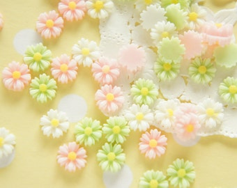 20 pcs  Assorted Teeny Daisy  Flower Cabochon (9mm)  FL403 (((LAST)))