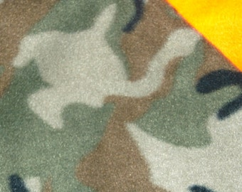Fleece Small Camo/Hunter Orange Blanket