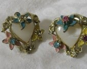 Vintage Enamel Flower & Rhinestone Metal Costume Jewelry Screw Back Earrings