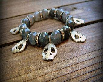 Skulls, Western Cowgirl Southwestern Boho Faceted Black Agate & Skull Gemstone Stretch Charm Bracelet