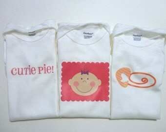 Set of 3 Onesies - Size 6-9 month