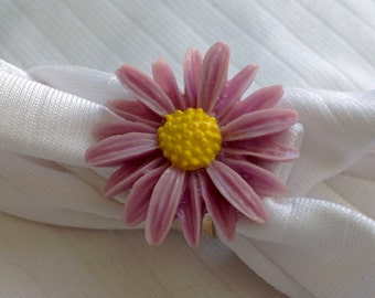 osO ASTER Oso lilac flower ring