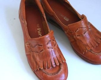 Vintage WildPair leather loafers size 5