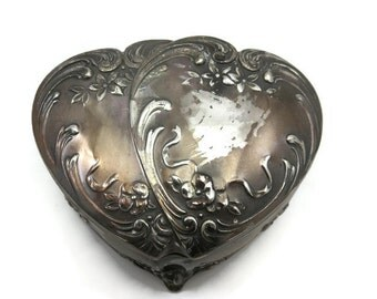 Double Heart Trinket Box - Vintage Silver Sweetheart Ring Box