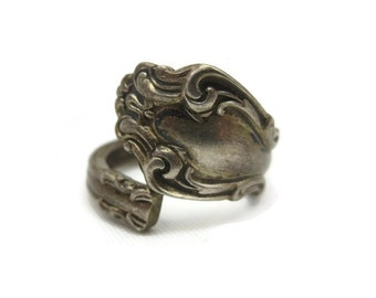 Vintage Spoon Ring - Sterling Silver Spoon Ring, Reed & Barton, Wrap Ring