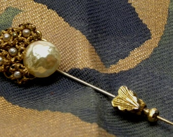 Luminous Vintage Baroque PEARL Flower Stick Pin Jabot Brooch Signed MIRIAM HASKELL