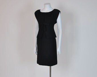 1950s dress / Vintage 50's Suzy Perette Structured Black Dress