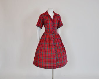 50s dress / Picnic in Plaid Vintage 1950s Full Skirt Shirt Dress