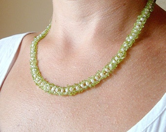 Interwoven Pearl & Peridot handcrafted Necklace