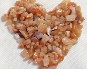 Peach Cream Iridescent Moonstone Chip Nugget Pebble Tiny 2-5mm Semi Precious Stone Beads A7