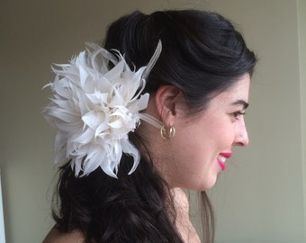 FLEUR de PLUME,  Vogue Goose feather flowers, Pearl White, Eggshell, Light Ivory   / FDP - 36