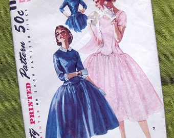 1955 Vintage Sewing Pattern - Dress - Scalloped Waistline - Simplicity 1373 // Size 12
