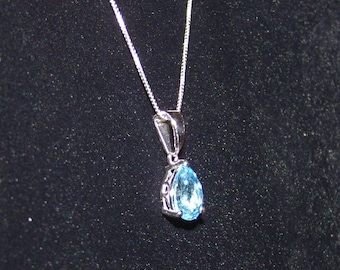 Swiss Blue Topaz in Sterling Pendant & Chain, Beautiful Color