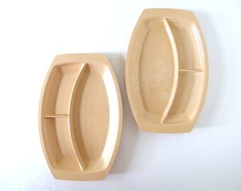 2 Vintage Tan Nordic Ware Divided Dinner Trays