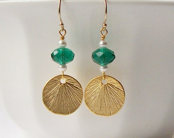 Emerald Green Pearl Gold Disk Drop Earrings