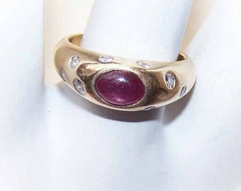 Estate 14K Gold, 1.16CT TW Cab Ruby & Diamond Fashion Ring