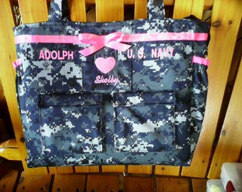 Navy Diaper Bag custom embroidery and personalized colors for embroidery, lining and ribbon custom bag as you like it.