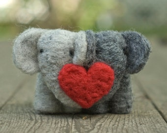 Needle Felted Elephant Couple with Heart