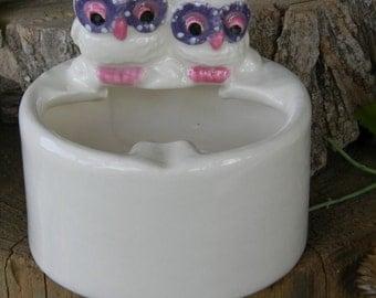 Owl Ash Tray     2 Owls on a log -  Ash Tray or Change holder  - ceramic glazed