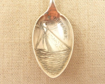 "Antique H.H. Curtis & Co. Sterling ""The Defender"" America's Cup 1895 Sailboat Atlantic City Souvenir Spoon"
