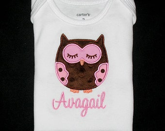 Custom Personalized Applique Minky Dots SLEEPING OWL & NAME Bodysuit or Shirt - Lt Pink and Brown