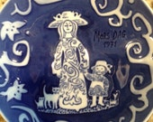 Royal Copenhagen Denmark, Mother's Day collectors plate made in 1971. Perfect Mother's Day gift!!