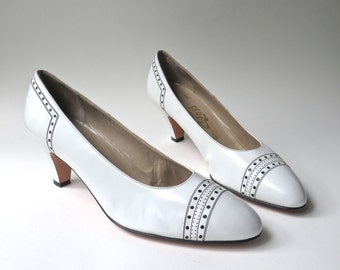 vintage Salvatore Ferragamo White Leather Pumps with Perforated Leather Details / Saks Fifth Avenue / made in Italy