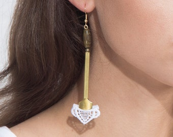 Lace earrings - YONDER - White lace, brass findings and bamboo beads